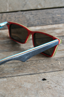 Red and Blue Woodrow Polarized wooden sunglasses