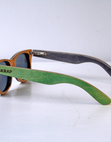 Black and Green Polarized wooden sunglasses