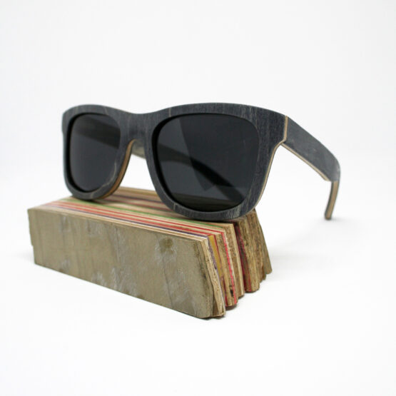 Recycled Wooden Skateboard Sunglasses (Black & Navy Green)