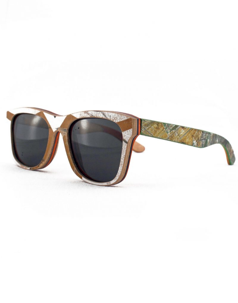 Recycled Wooden Skateboard Sunglasses (Brown, white and blue)