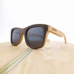 Recycled Wooden Skateboard Sunglasses (Brown frames and natural maple temples)