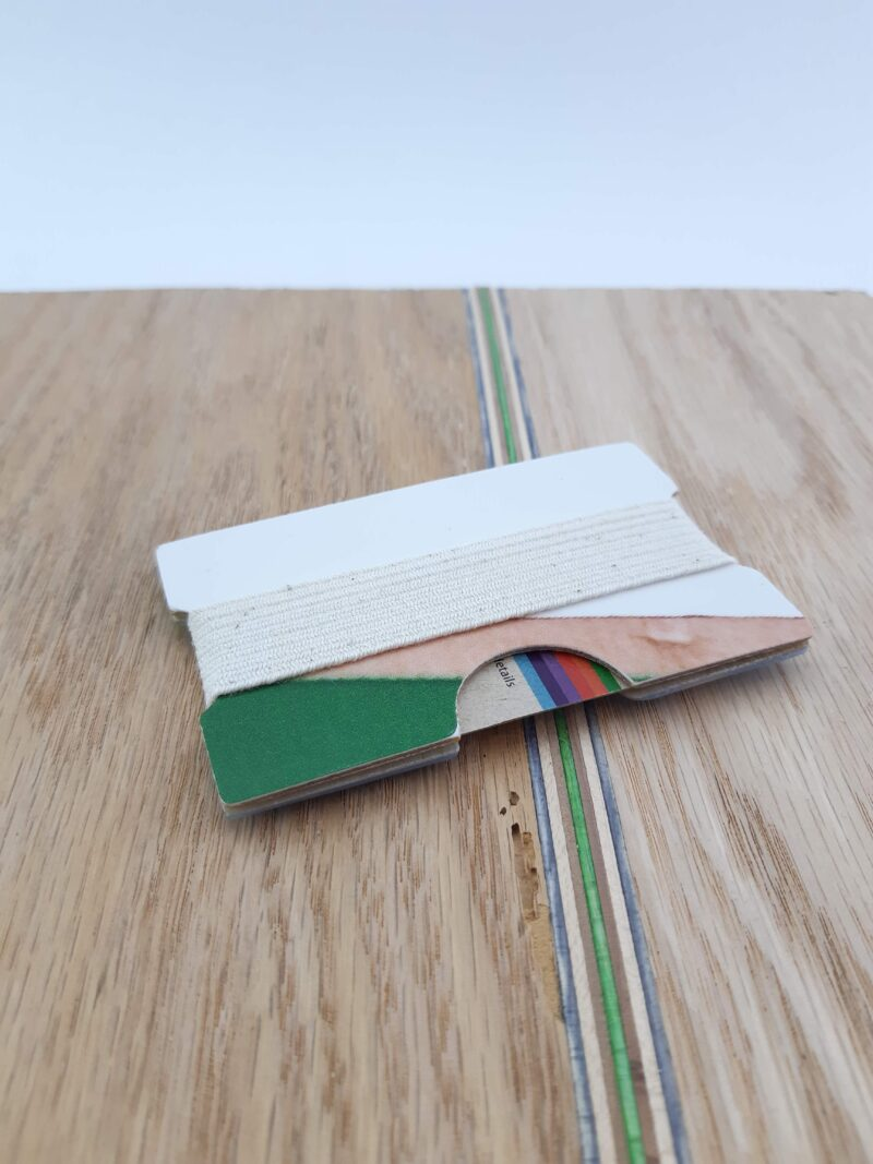 Snowboard Wallet (Green and white)